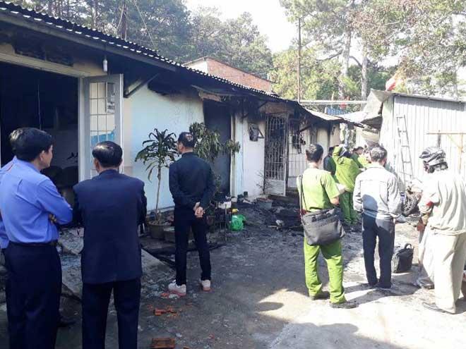 Cận cảnh hiện trường vụ cháy kinh hoàng làm 5 người tử vong ở Đà Lạt - 5