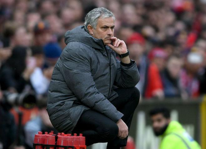 """MU đấu Sevilla: Mourinho dọa Pogba, bài tủ Matic và """"mật thư thứ 3"""" - 2"""