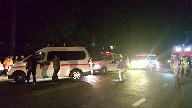 Vụ cháy 5 người chết ở Đà Lạt: Camera ghi hình ông hàng xóm cầm can xăng - 2
