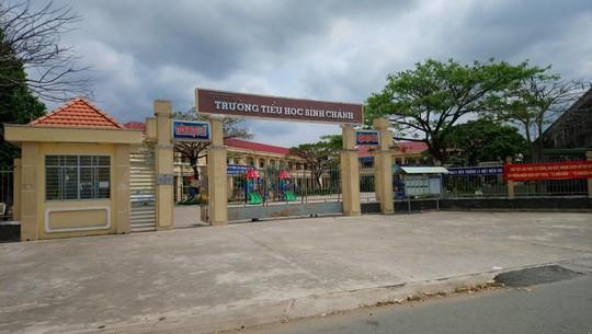 Vụ cô giáo quỳ xin lỗi: Công an mời ông Võ Hòa Thuận làm việc