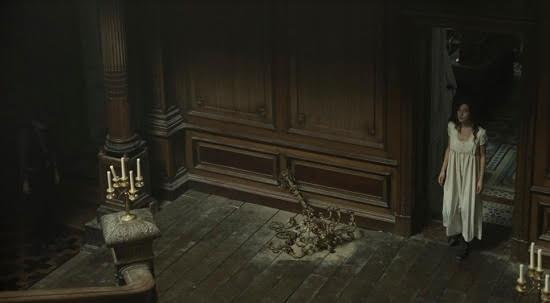 Những tòa lâu đài chứa nhiều bí ẩn đáng sợ nhất màn ảnh