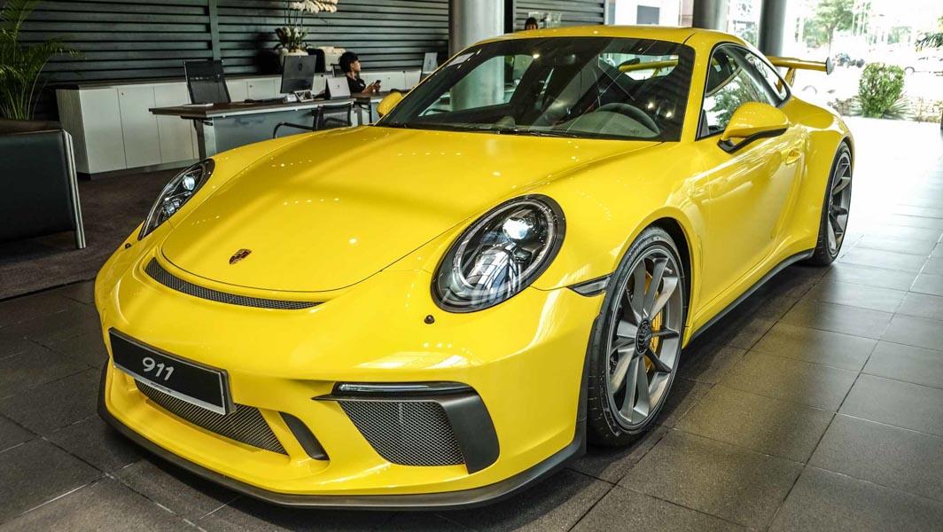 Đại gia Việt Nam ''rước'' siêu xe Porsche 911 GT3 2018 giá 11,06 tỷ đồng - 2