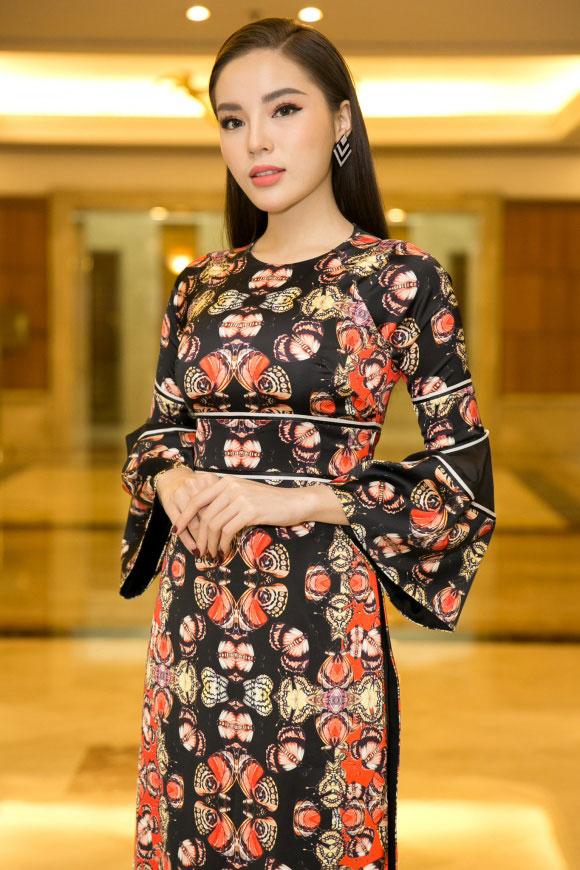 Huyền My thần thái sang chảnh tại sự kiện Hoa Hậu Việt nam 2018 - 6