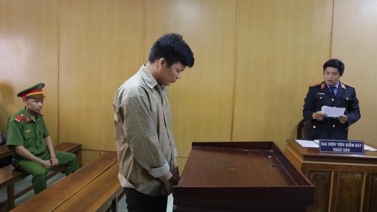 Nổi cơn cuồng ghen sau cuộc nhậu, chồng giết vợ