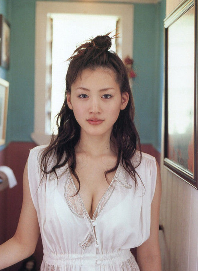 10 sao nữ Nhật được đàn ông khao khát nhất