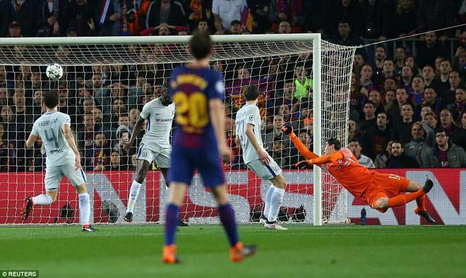 """Barca """"tiêu diệt"""" Chelsea lập kì tích, Messi điểm 10 hoàn hảo 3"""