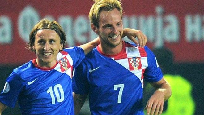 Chuyển nhượng MU: Mourinho chán Pogba, mơ Modric hoặc Rakitic thay thế 1