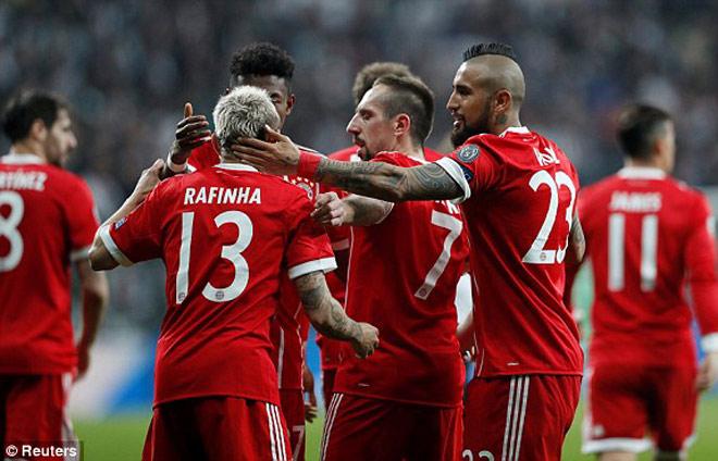 """Besiktas - Bayern Munchen: """"Chảo lửa"""" hừng hực, đẳng cấp thượng thừa"""