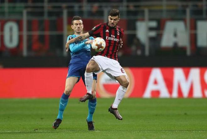 """Arsenal – AC Milan: """"Pháo"""" quyết nổ to, """"rửa mặt"""" Ngoại hạng Anh 2"""