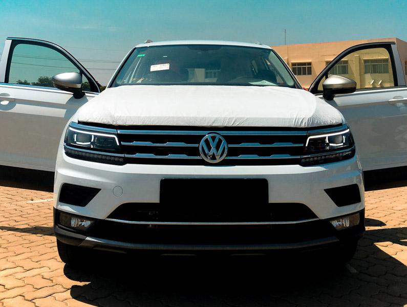 Volkswagen Tiguan Allspace 7 chỗ về Việt Nam giá 1,7 tỷ đồng - 1