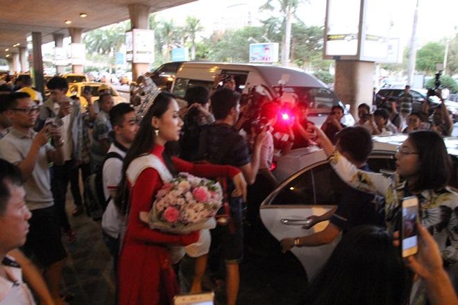 Xem Ảnh đọc báo tin tức Hương Giang Idol choáng váng vì sự hâm mộ của fan Việt và truyện phim nhạc xổ số bóng đá xem bói tử vi 10