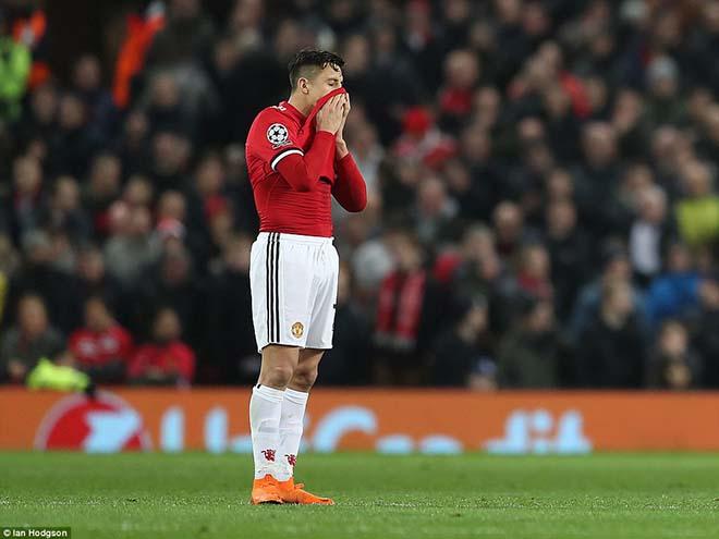 Sanchez hối hận đến MU: Bất hạnh với Mourinho, học Di Maria tháo chạy? - 3