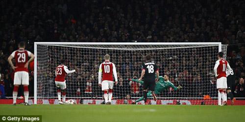 Chi tiết Arsenal - AC Milan: Welbeck hoàn tất cú đúp (KT) 24