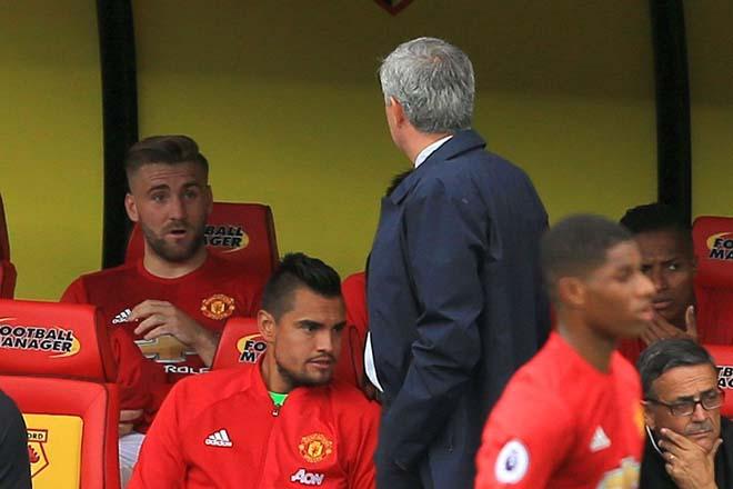 MU lạc lối: Báo chí vạch 10 tội Mourinho, xứng đáng bị sa thải 4