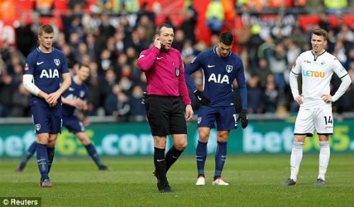 Chi tiết Swansea - Tottenham: Chủ nhà buông xuôi (KT) 21