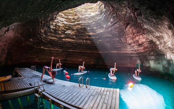 Top 8 hang động ngầm đẹp đến nín thở trên thế giới - 5