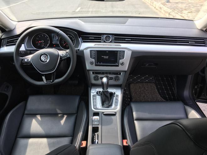 Soi chi tiết Volkswagen Passat 2018 giá 1,4 tỷ đồng: Đối thủ Toyota Camry - 5