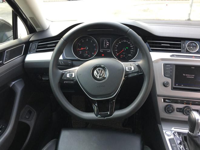 Soi chi tiết Volkswagen Passat 2018 giá 1,4 tỷ đồng: Đối thủ Toyota Camry - 6