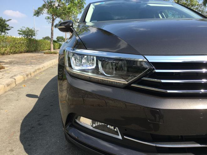 Soi chi tiết Volkswagen Passat 2018 giá 1,4 tỷ đồng: Đối thủ Toyota Camry - 3