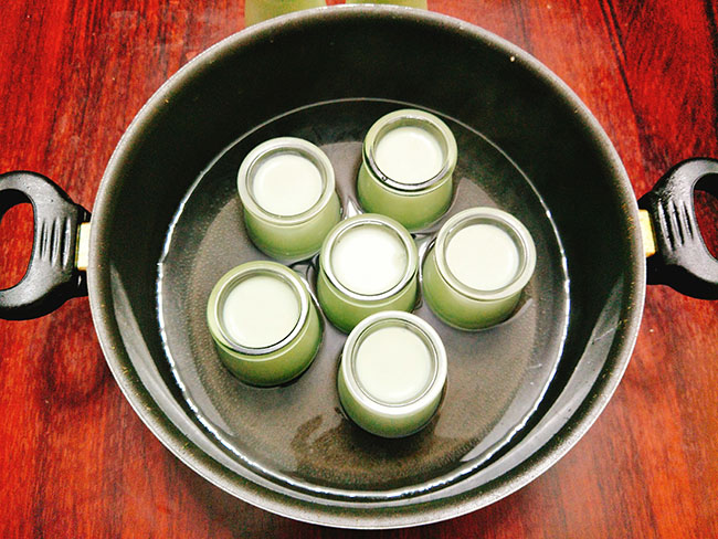 Cách làm sữa chua lá dứa thơm mát cực hấp dẫn cho mùa hè - 6
