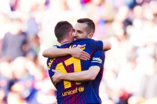 Barca bất bại 29 vòng: Sắp xô đổ kỷ lục của Arsenal & Juventus - 1
