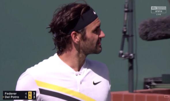 Hiếm thấy: Đấu trí Del Potro, Federer tức giận, bất mãn trọng tài 1
