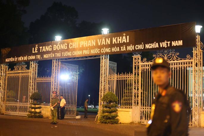Linh cữu cố Thủ tướng Phan Văn Khải đã về Hội trường Thống Nhất