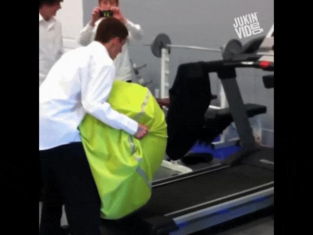 Tổng hợp những tình huống khó tin trong phòng gym