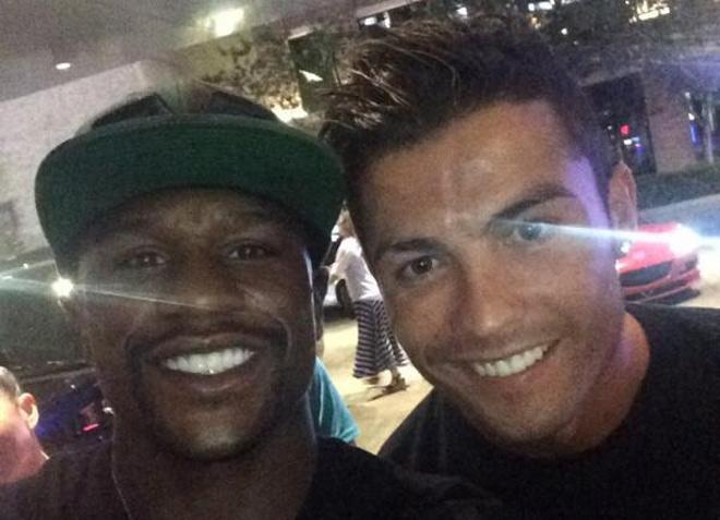 """Mayweather """"nổ"""" vang trời: Mua CLB Newcastle có thể, Ronaldo thì đừng mơ 1"""