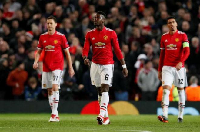 """Mourinho nổi cơn thịnh nộ đuổi 10 SAO MU, """"tội đồ"""" Pogba khó thoát - 1"""
