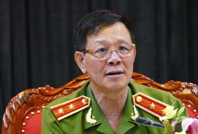 Trung tướng Phan Văn Vĩnh rời Phú Thọ về nhà