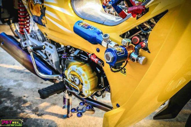 Ngắm Honda Dream độ màu vàng quý tộc rực rỡ - 2