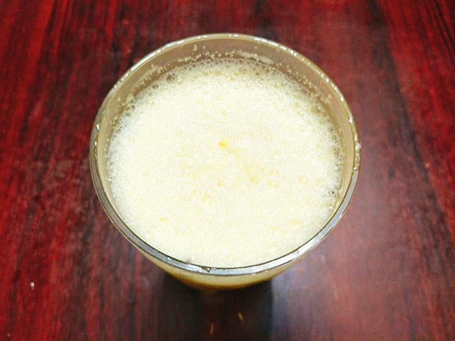 Sữa ngô ngậy ngọt thơm lừng nay có thể tự làm tại nhà thật đơn giản - 5