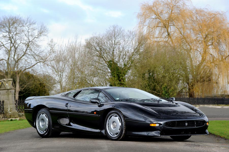 Dánh sách những siêu xe tuyệt đẹp và nổi tiếng trên thế giới - 3