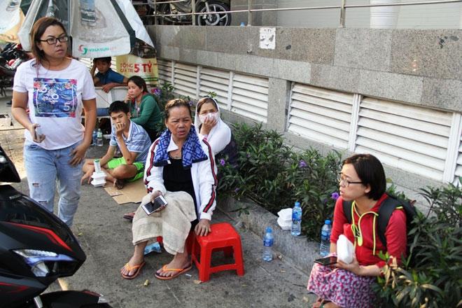 Hình ảnh cảm động sau vụ cháy khiến 13 người chết ở Sài Gòn