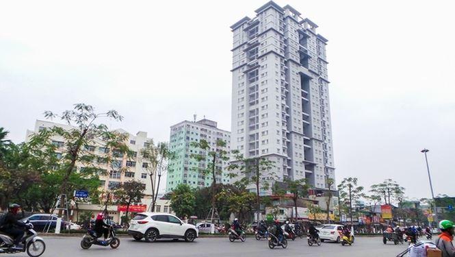 Gần 160 căn hộ tái định cư bỏ hoang cả chục năm giữa Thủ đô