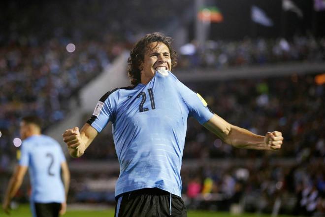 """Video, kết quả bóng đá Uruguay - CH Séc: Vô lê """"thần sầu"""", sức mạnh song tấu - 1"""