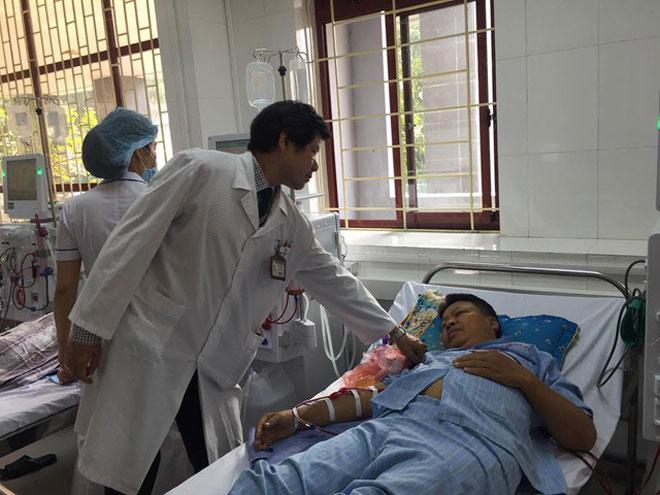Vụ chạy thận 8 người chết: Bệnh nhân mong BS Lương tiếp tục được làm việc - 3