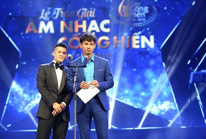 Xuân Bắc, Việt Tú