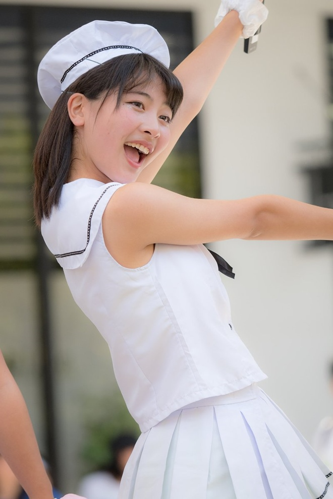 Fan sốc vì nữ thần tượng 17 tuổi xinh đẹp xứ Phù Tang tự vẫn