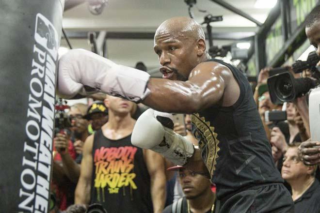 Tin nóng võ thuật 25/3: Mayweather bắt đầu tập MMA tuần sau