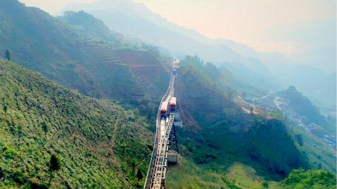 Ngày 31/3 tàu hỏa leo núi hiện đại nhất Việt Nam chính thức hoạt động - 2