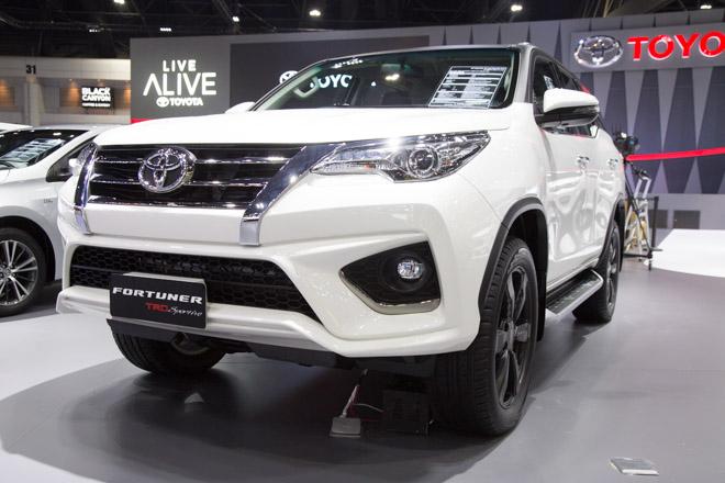 Chiêm ngưỡng Toyota Fortuner TRD Sportivo: Cực ngầu, cực thể thao - 1
