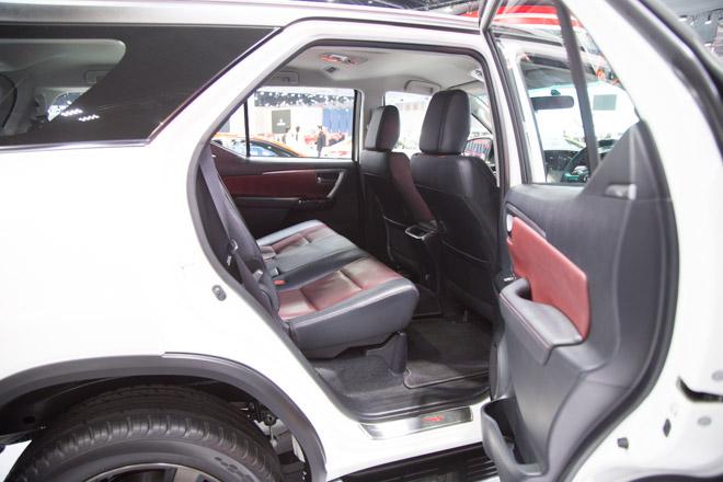 Chiêm ngưỡng Toyota Fortuner TRD Sportivo: Cực ngầu, cực thể thao - 9