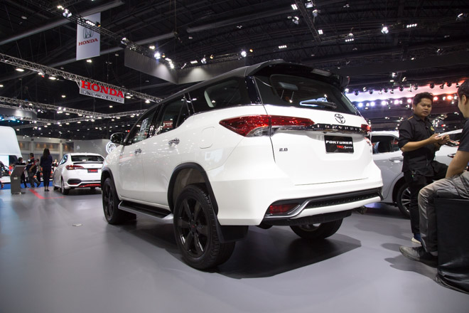 Chiêm ngưỡng Toyota Fortuner TRD Sportivo: Cực ngầu, cực thể thao - 6