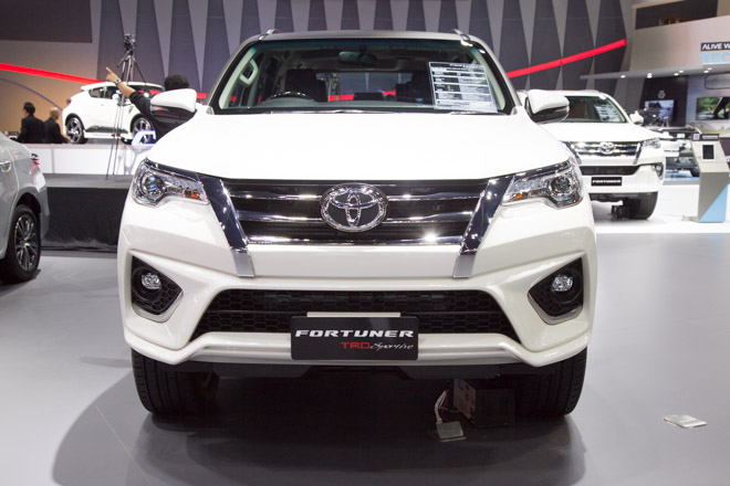 Chiêm ngưỡng Toyota Fortuner TRD Sportivo: Cực ngầu, cực thể thao - 3