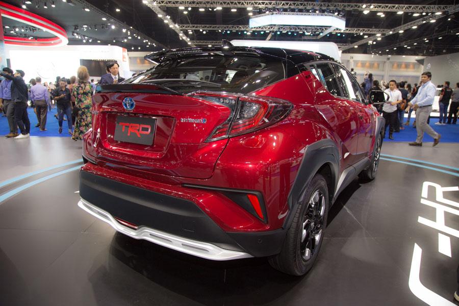 Toyota C-HR phiên bản TRD có giá 984 triệu đồng tại Thái Lan - 4