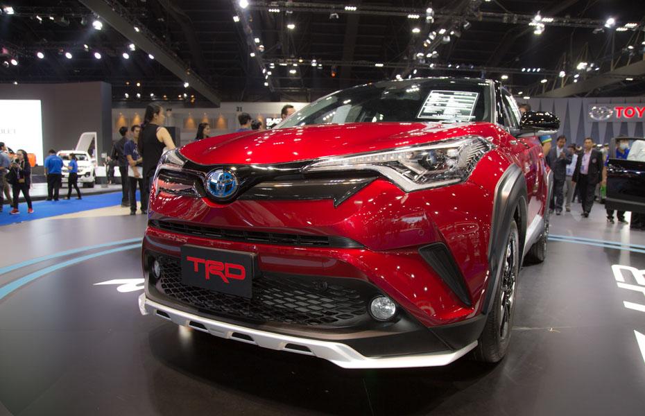 Toyota C-HR phiên bản TRD có giá 984 triệu đồng tại Thái Lan - 3