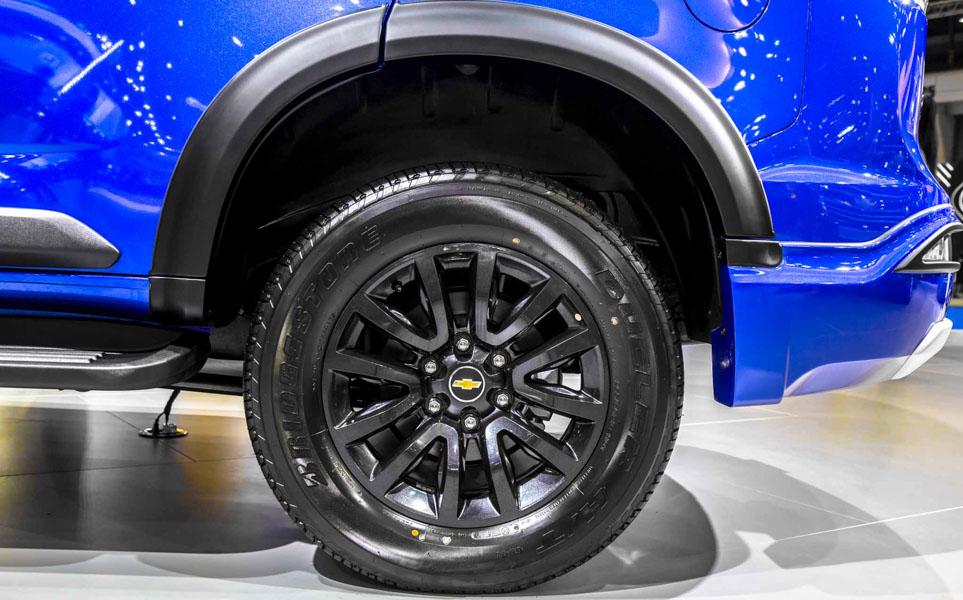 Đối thủ của Toyota Fortuner: Chevrolet Trailblazer LTZ có giá 1,09 tỷ đồng - 6