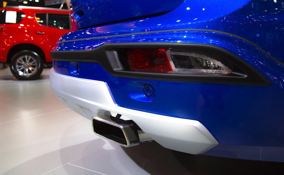 Đối thủ của Toyota Fortuner: Chevrolet Trailblazer LTZ có giá 1,09 tỷ đồng - 10